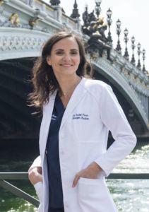Le Docteur Rachel PESSIS - Médecin et Chirurgien esthétique